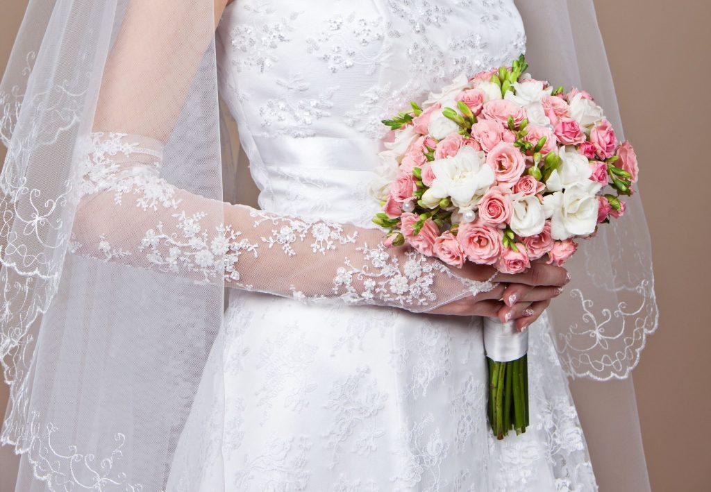 Suknie ślubne – sprawdź jaki model pasuje do Twojej figury