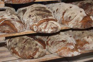chleb barwiony słodem