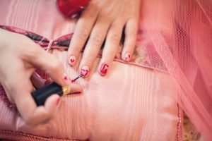 toksyczne substancje w lakierach do paznokci