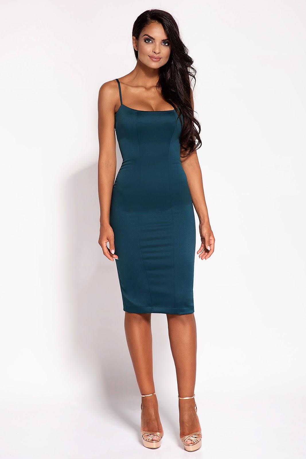seksowna sukienka midi na ramiączkach