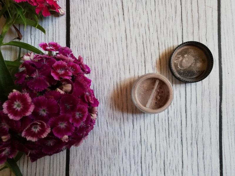 5 powodów, dla których warto stosować kosmetyki mineralne