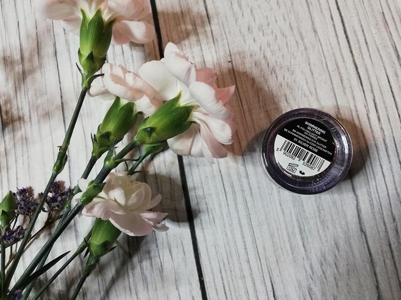 Bell Shimmering Glitter nr 01 Silver Rose