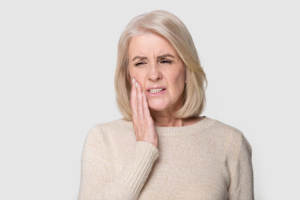 Najczęstsze dolegliwości jamy ustnej u dorosłych