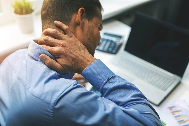Jak postępować w przypadku bólu kręgosłupa