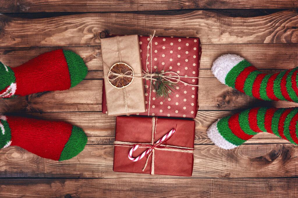 Kolorowe skarpetki na prezent, czyli jak zrobić idealny prezent
