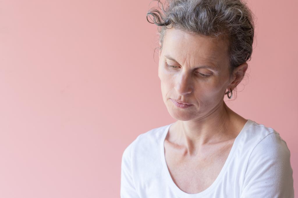 Codzienna pielęgnacja twarzy podczas menopauzy