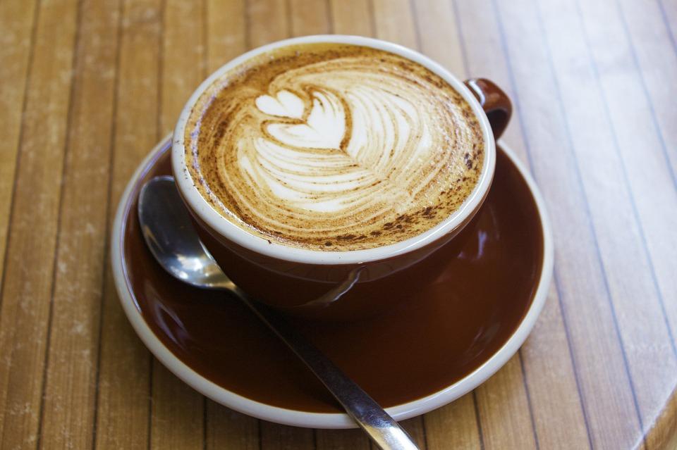 kawa w jesiennym stylu