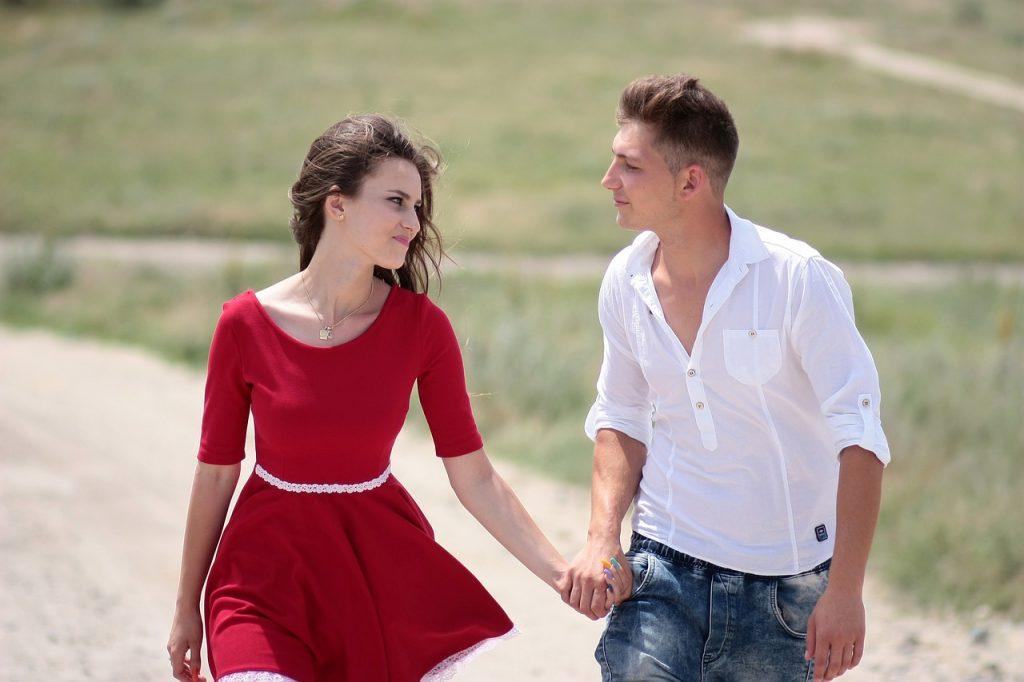 mężczyzna i kobieta z Wagi randki