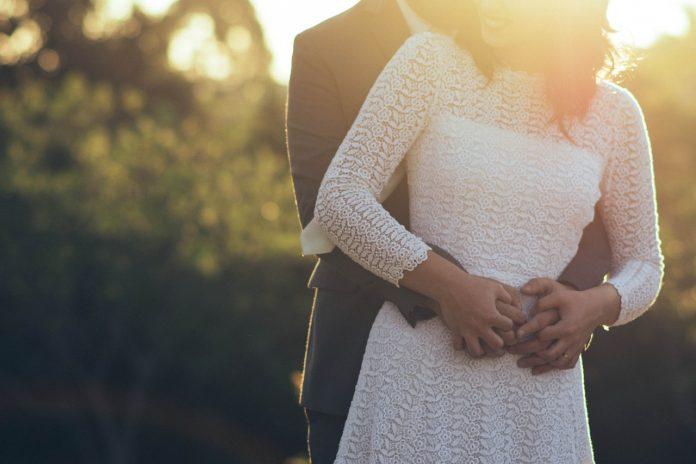 małżeństwo z młodszym mężczyzną