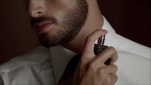 Feromony w perfumach - jak działają?