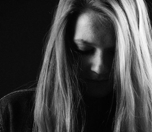 dlaczego nie chcemy przyznać się do swoich uczuć