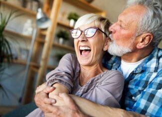 Jak działają nowoczesne terapie menopauzalne? Terapia fitohormonalnej: wpływający na dobre samopoczucie kobiety w okresie menopauzy