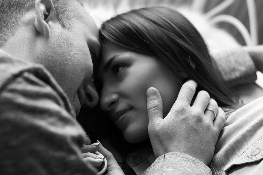 Jak sprawić, by seks był jeszcze bardziej romantyczny