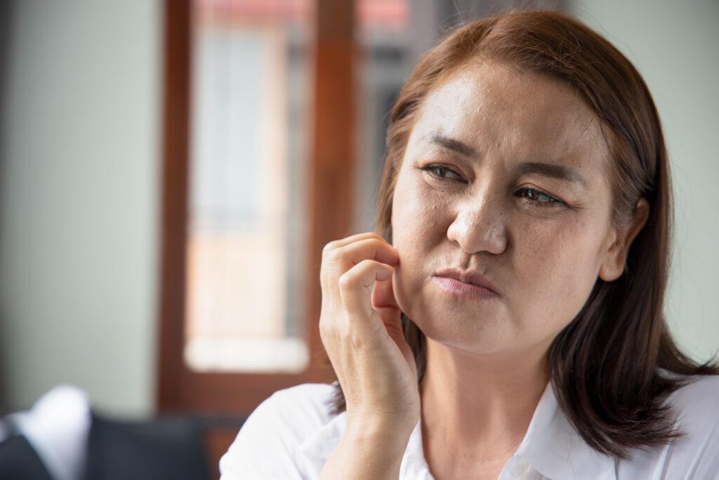 Atopowe zapalenie skóry głowy – jak powinna wyglądać prawidłowa pielęgnacja