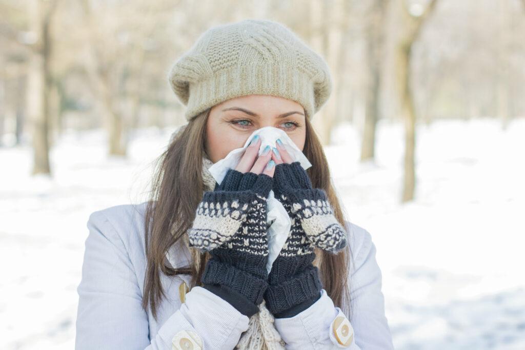 Zimowe alergie – jak sobie z nimi radzić