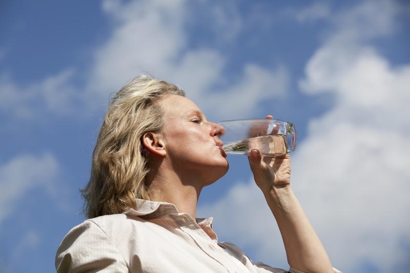jaką wodę pić