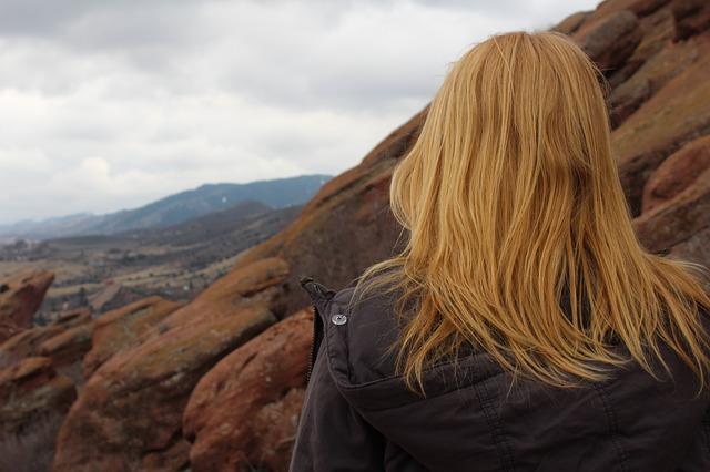 hormonalna-terapia-zastepcza-u-kobiet-po-menopauzie