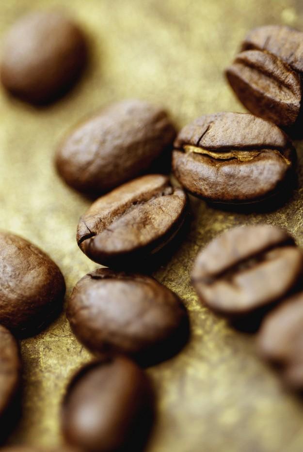 czy-kawa-postarza