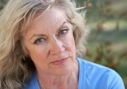 psychiczne-i-fizyczne-konsekwencje-niedoboru-estrogenu-u-kobiet