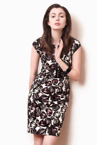 dobierz-swoj-idealny-fason-sukienki