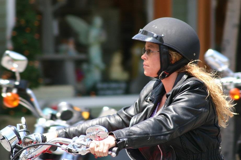 kobiety-na-motocyklach