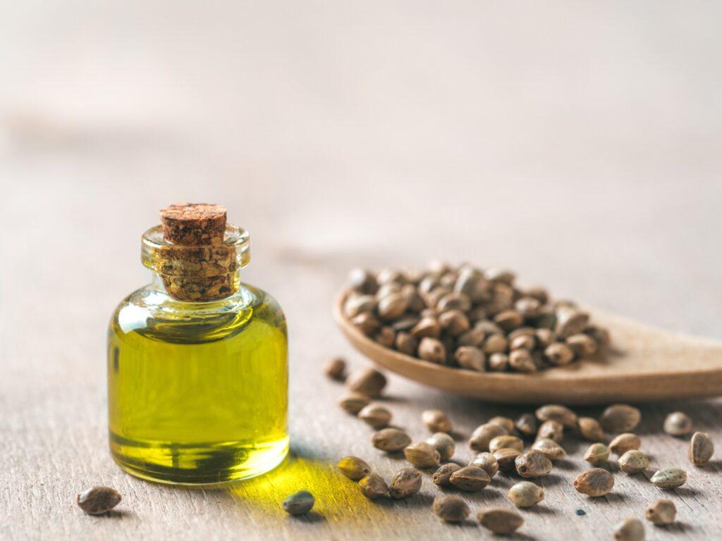 Olej z konopi - co to jest i jakie są jego zalety?
