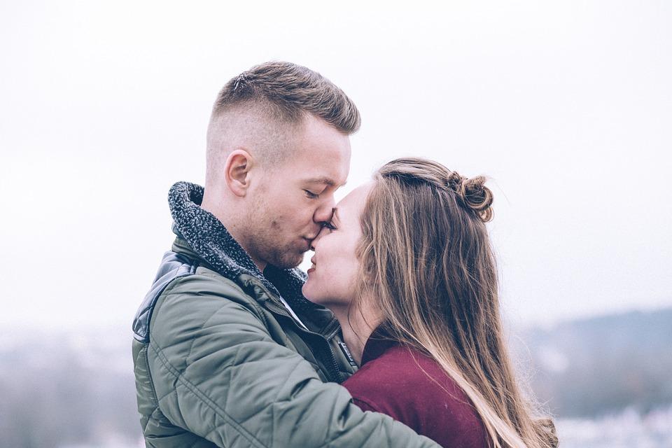 zalety stałego związku