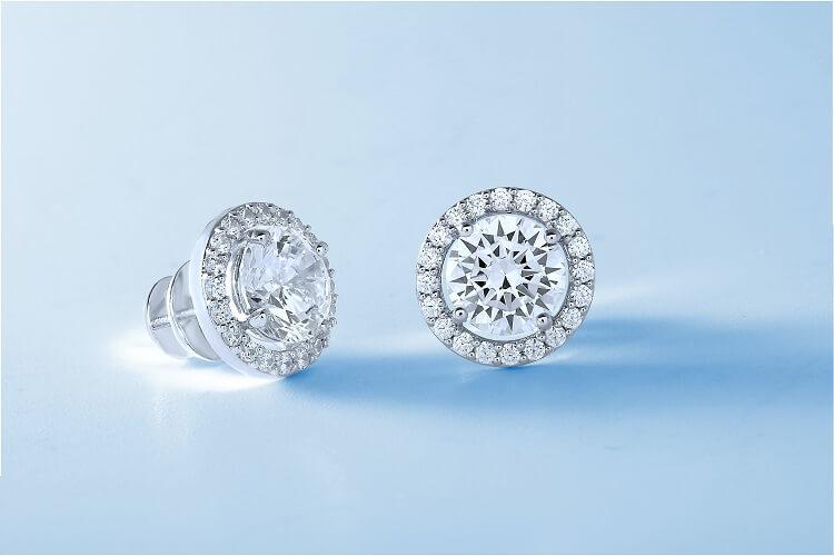 Jesienne trendy w biżuterii