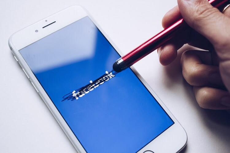 Globalna awaria Facebooka