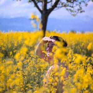 Uzupełnianie diety pyłkiem pszczelim i naturalnym miodem