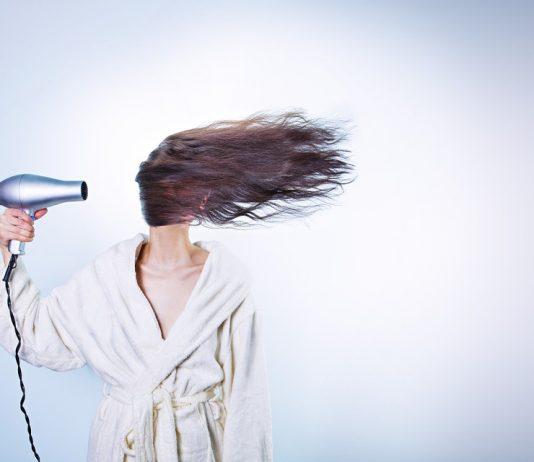 wypadanie włosów po chemii